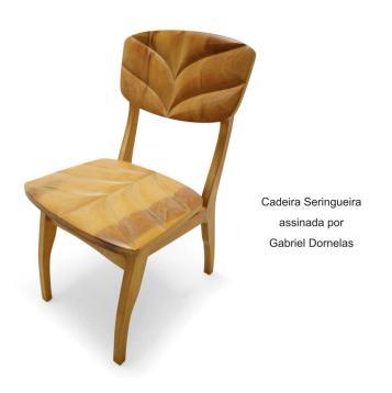 Cadeira Seringueira assinada por Gabriel Dornelas