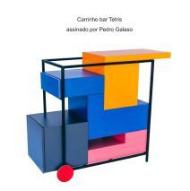 Carrinho bar Tetris assinado por Pedro Galaso