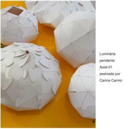 Luminária pendente Axial 01 assinada por Carina Carmo